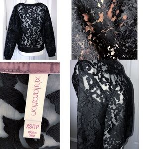 Xhilaration Sheer Lace Long Sleeve Pullover Top